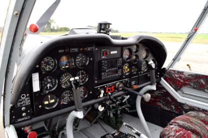 Zlín Z-43 - Letiště Přerov Kokpit